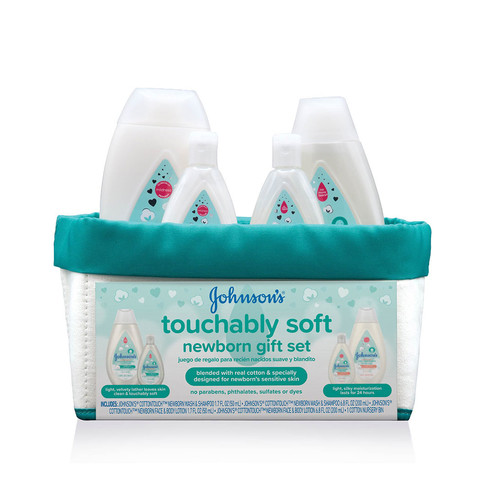 Set de regalo para recién nacido JOHNSON'S® touchably soft, imagen frontal