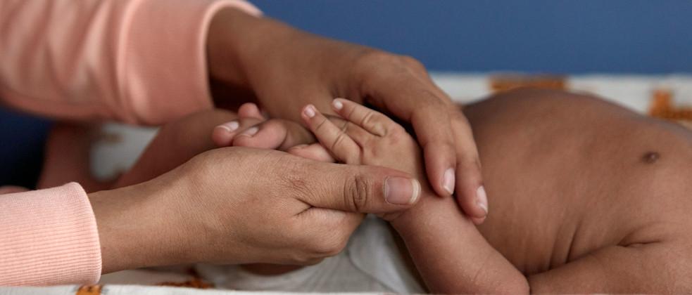 Masaje manual para el recién nacido